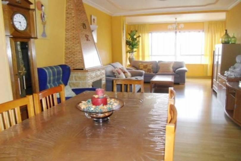 Alicante,Alicante,España,3 Bedrooms Bedrooms,1 BañoBathrooms,Pisos,14438