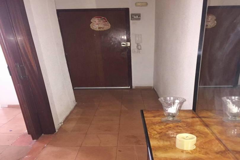 Alicante,Alicante,España,3 Bedrooms Bedrooms,1 BañoBathrooms,Pisos,14440