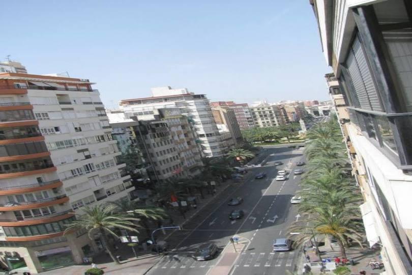Alicante,Alicante,España,3 Bedrooms Bedrooms,1 BañoBathrooms,Pisos,14444