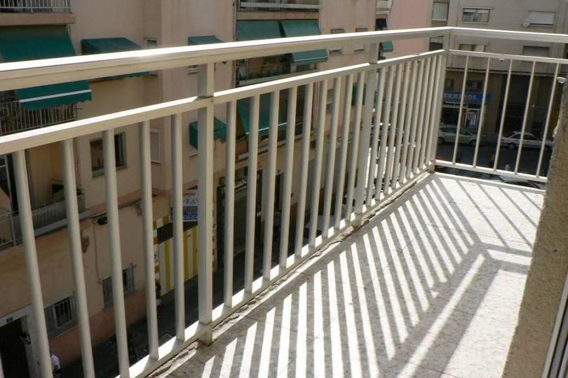 Alicante,Alicante,España,4 Bedrooms Bedrooms,1 BañoBathrooms,Pisos,14455