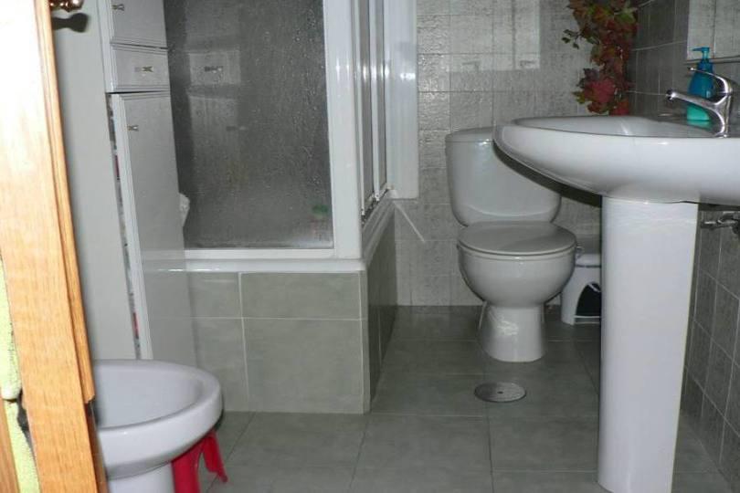 Alicante,Alicante,España,3 Bedrooms Bedrooms,1 BañoBathrooms,Pisos,14456
