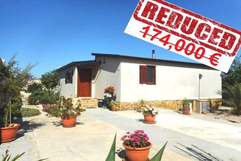 Elche,Alicante,España,3 Habitaciones Habitaciones,4 BañosBaños,Fincas-Villas,2193