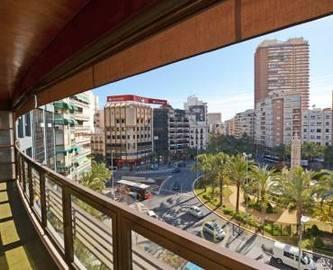Alicante,Alicante,España,4 Bedrooms Bedrooms,3 BathroomsBathrooms,Pisos,14480