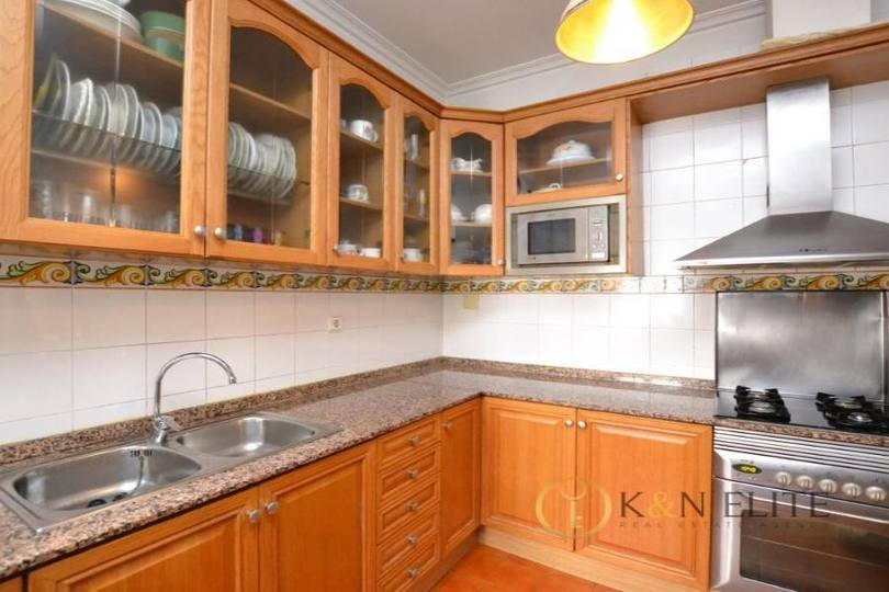 Alicante,Alicante,España,4 Bedrooms Bedrooms,1 BañoBathrooms,Pisos,14491