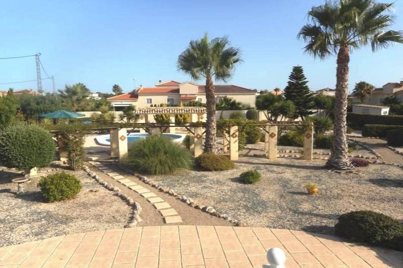 Catral,Alicante,España,3 Habitaciones Habitaciones,2 BañosBaños,Fincas-Villas,2196
