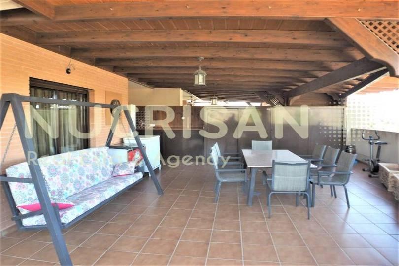 Alicante,Alicante,España,4 Bedrooms Bedrooms,2 BathroomsBathrooms,Pisos,14506