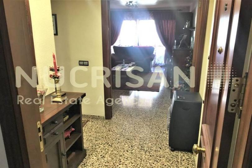 Alicante,Alicante,España,4 Bedrooms Bedrooms,2 BathroomsBathrooms,Pisos,14510
