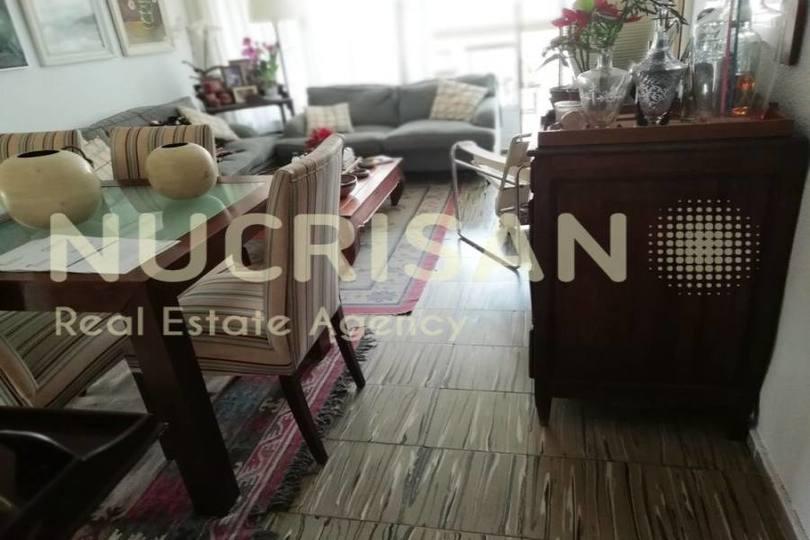 Alicante,Alicante,España,4 Bedrooms Bedrooms,1 BañoBathrooms,Pisos,14521