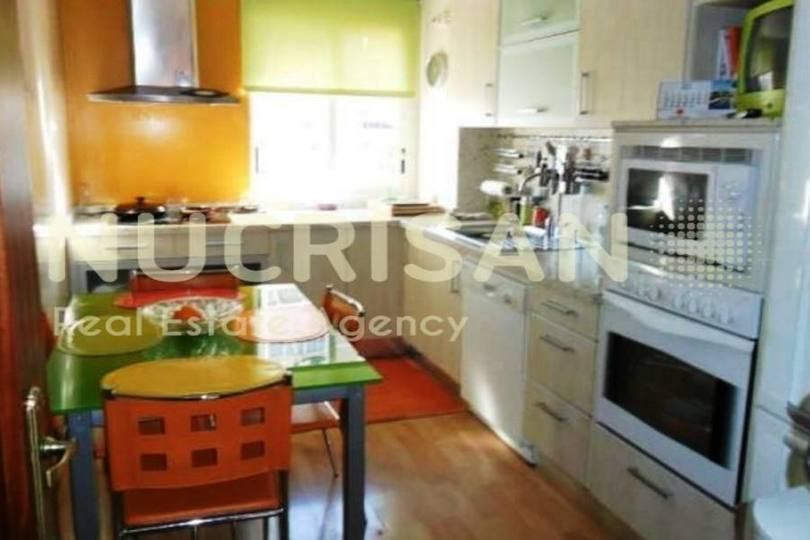 Alicante,Alicante,España,4 Bedrooms Bedrooms,2 BathroomsBathrooms,Pisos,14565