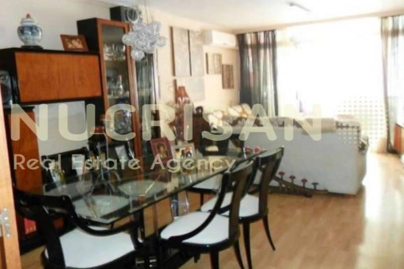 Alicante,Alicante,España,4 Bedrooms Bedrooms,2 BathroomsBathrooms,Pisos,14565