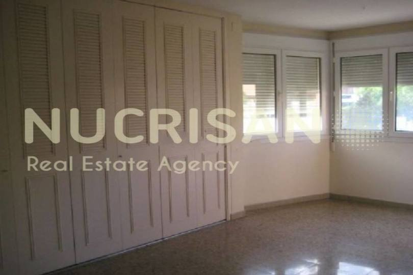 Alicante,Alicante,España,3 Bedrooms Bedrooms,1 BañoBathrooms,Pisos,14571
