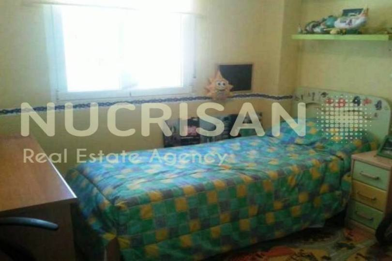 Alicante,Alicante,España,4 Bedrooms Bedrooms,2 BathroomsBathrooms,Pisos,14576