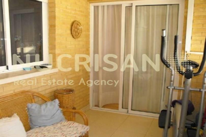 Alicante,Alicante,España,4 Bedrooms Bedrooms,2 BathroomsBathrooms,Pisos,14578