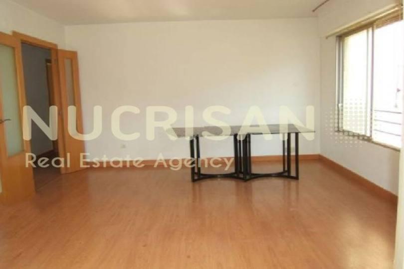 Alicante,Alicante,España,4 Bedrooms Bedrooms,2 BathroomsBathrooms,Pisos,14580