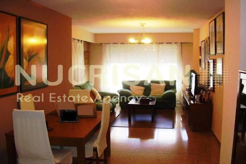 Alicante,Alicante,España,4 Bedrooms Bedrooms,2 BathroomsBathrooms,Pisos,14588