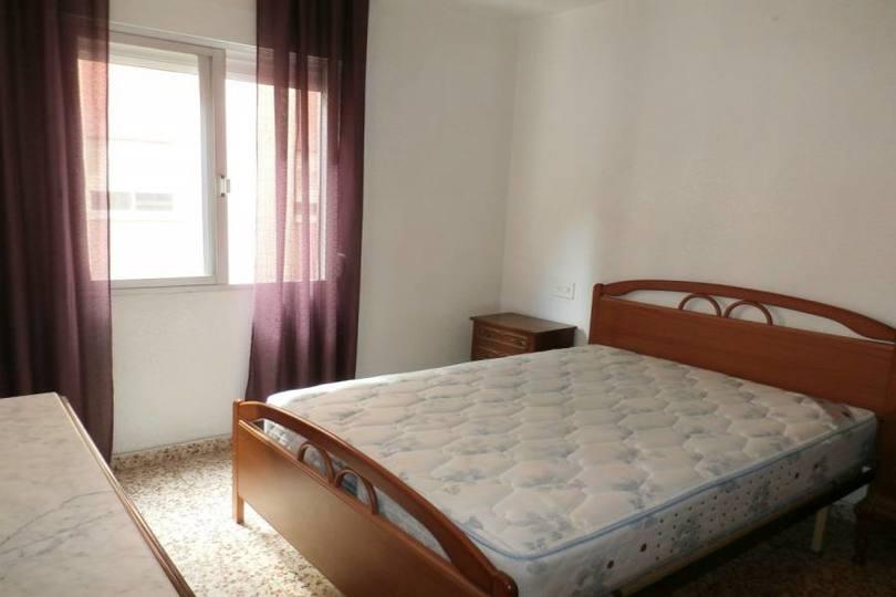 Benidorm,Alicante,España,3 Bedrooms Bedrooms,1 BañoBathrooms,Pisos,14670