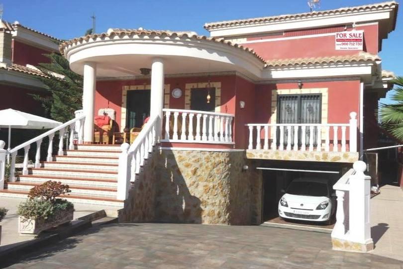 Benferri,Alicante,España,3 Habitaciones Habitaciones,2 BañosBaños,Fincas-Villas,2217