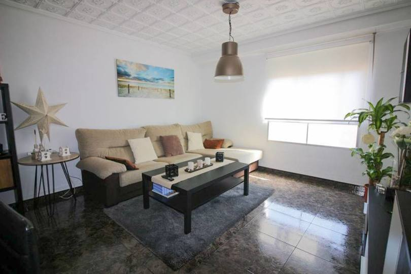 Elche,Alicante,España,4 Bedrooms Bedrooms,1 BañoBathrooms,Pisos,14730
