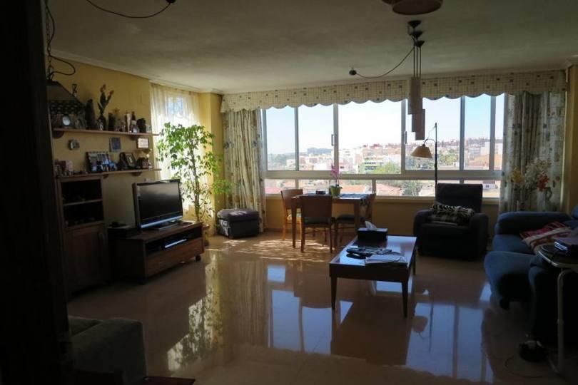 Alicante,Alicante,España,3 Bedrooms Bedrooms,2 BathroomsBathrooms,Pisos,14760