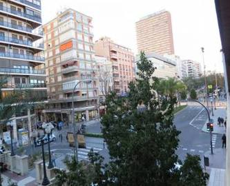 Alicante,Alicante,España,4 Bedrooms Bedrooms,3 BathroomsBathrooms,Pisos,14761