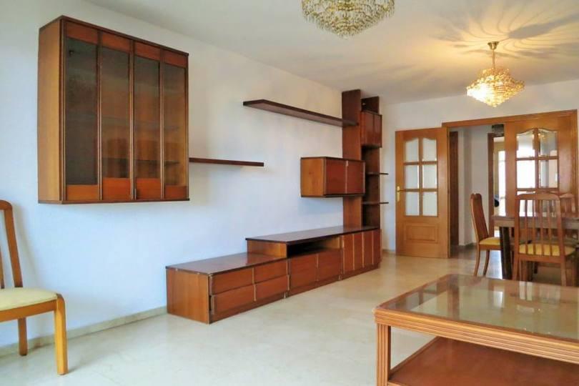 Alicante,Alicante,España,4 Bedrooms Bedrooms,2 BathroomsBathrooms,Pisos,14762