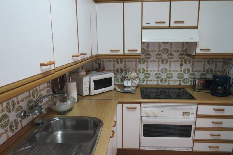 Alicante,Alicante,España,4 Bedrooms Bedrooms,2 BathroomsBathrooms,Pisos,14772