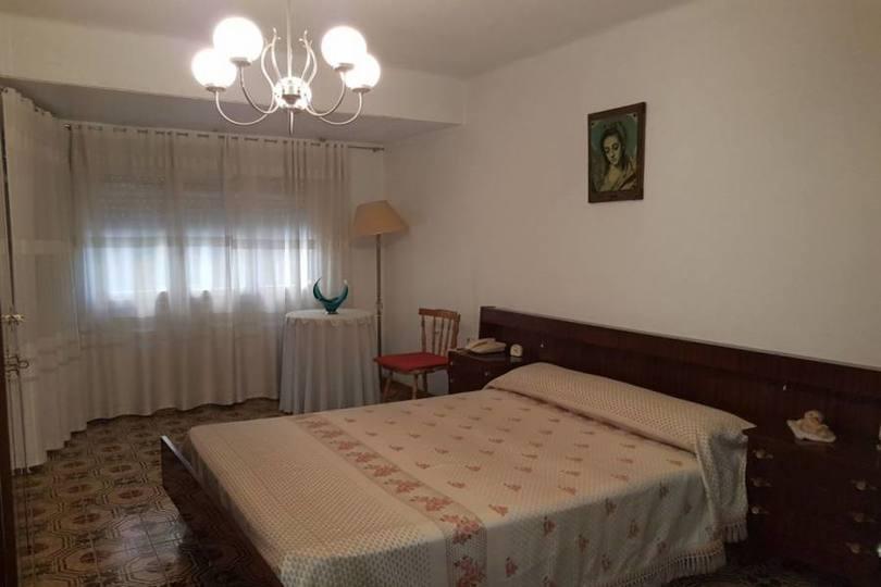Alicante,Alicante,España,3 Bedrooms Bedrooms,1 BañoBathrooms,Pisos,14774