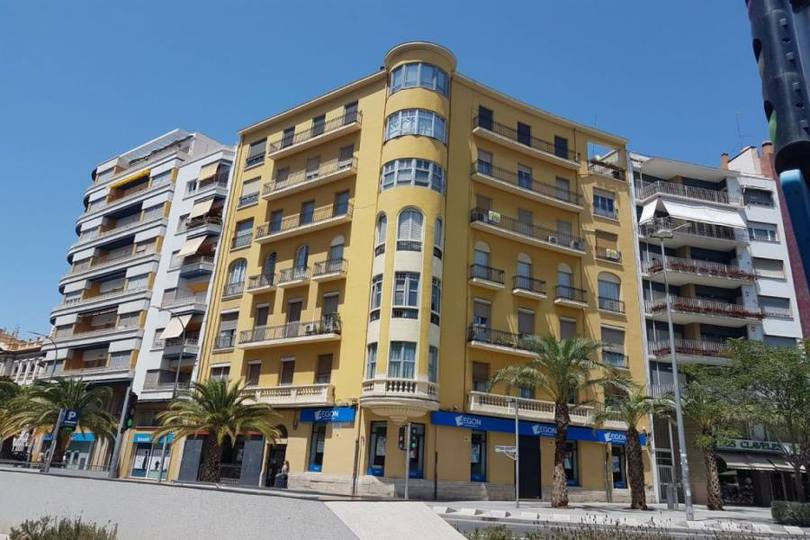 Alicante,Alicante,España,4 Bedrooms Bedrooms,2 BathroomsBathrooms,Pisos,14775