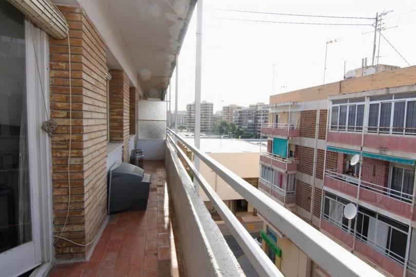 Alicante,Alicante,España,3 Bedrooms Bedrooms,1 BañoBathrooms,Pisos,14778