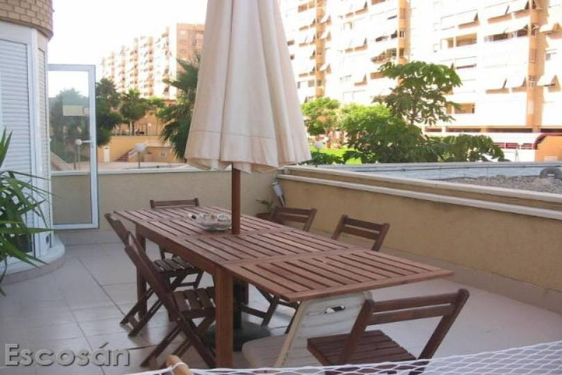 Alicante,Alicante,España,3 Bedrooms Bedrooms,2 BathroomsBathrooms,Pisos,14782