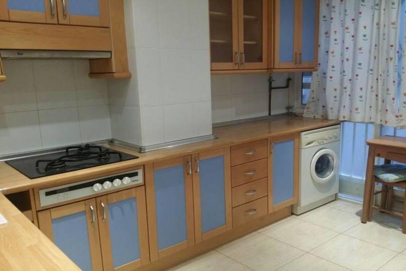 Alicante,Alicante,España,2 Bedrooms Bedrooms,2 BathroomsBathrooms,Pisos,14803
