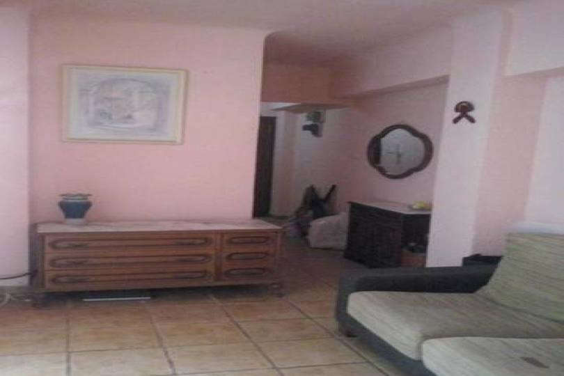 Alicante,Alicante,España,3 Bedrooms Bedrooms,1 BañoBathrooms,Pisos,14806