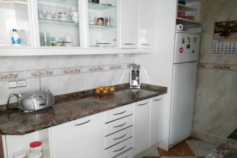 Alicante,Alicante,España,3 Bedrooms Bedrooms,1 BañoBathrooms,Pisos,14813