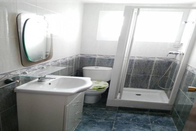 Alicante,Alicante,España,3 Bedrooms Bedrooms,1 BañoBathrooms,Pisos,14830