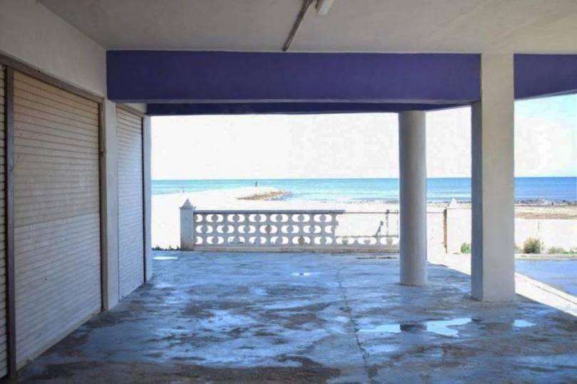 Dénia,Alicante,España,3 Bedrooms Bedrooms,1 BañoBathrooms,Local comercial,14871