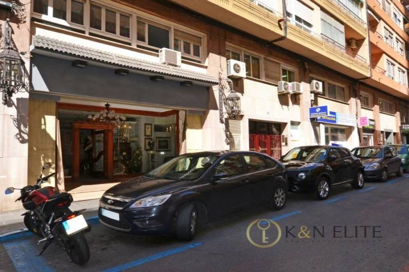 Alicante,Alicante,España,2 BathroomsBathrooms,Local comercial,15225