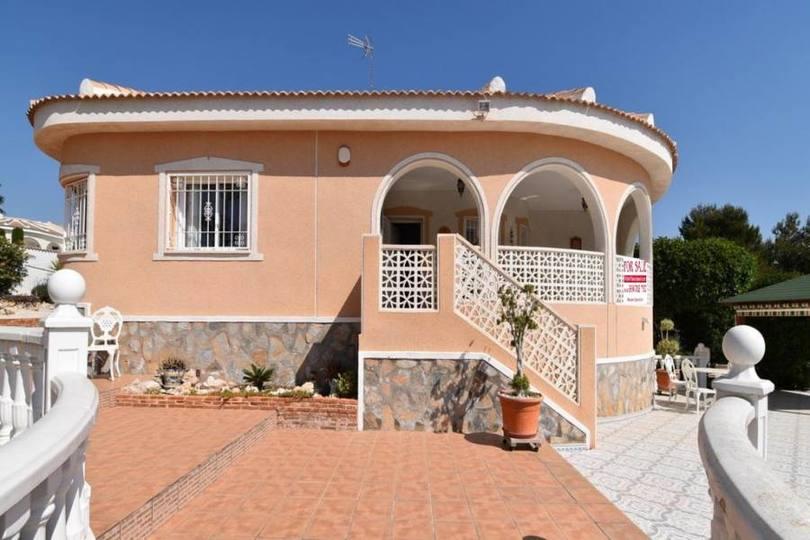 Ciudad Quesada,Alicante,España,3 Habitaciones Habitaciones,3 BañosBaños,Fincas-Villas,2270