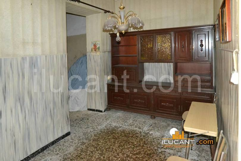 Alicante,Alicante,España,5 Bedrooms Bedrooms,3 BathroomsBathrooms,Casas,15274