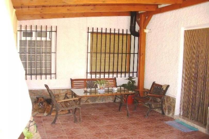 Elche/Elx,Alicante,España,3 Habitaciones Habitaciones,2 BañosBaños,Fincas-Villas,2274
