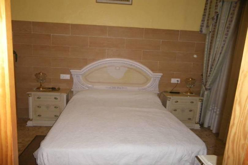 Alicante,Alicante,España,3 Bedrooms Bedrooms,2 BathroomsBathrooms,Casas,15688
