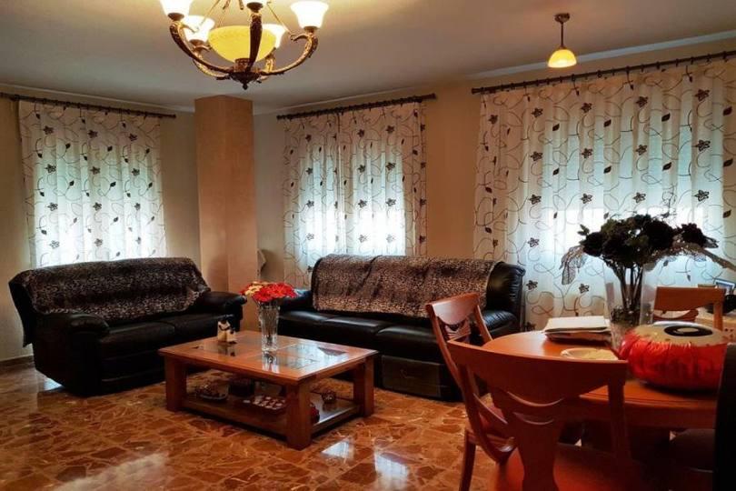 Villena,Alicante,España,5 Bedrooms Bedrooms,3 BathroomsBathrooms,Casas,15805