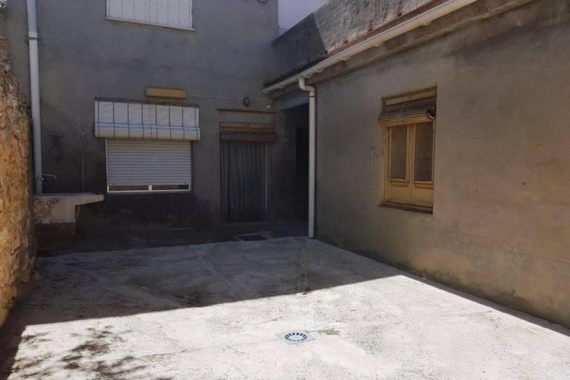 Campo de Mirra,Alicante,España,5 Bedrooms Bedrooms,2 BathroomsBathrooms,Casas,15806