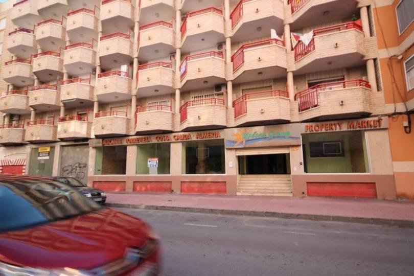 Torrevieja,Alicante,España,2 BathroomsBathrooms,Local comercial,15813