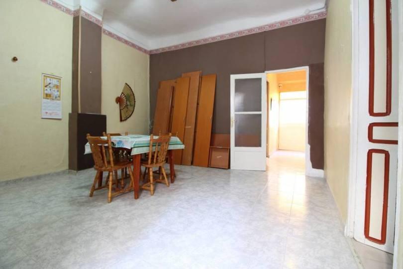Alicante,Alicante,España,8 Bedrooms Bedrooms,3 BathroomsBathrooms,Casas,15826
