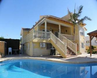 Alfaz del Pi,Alicante,España,6 Bedrooms Bedrooms,3 BathroomsBathrooms,Casas,16035