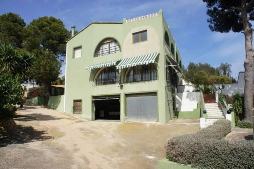 La Nucia,Alicante,España,5 Bedrooms Bedrooms,3 BathroomsBathrooms,Casas,16084