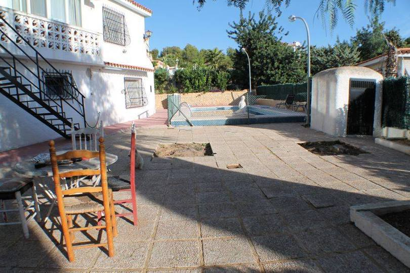 La Nucia,Alicante,España,4 Bedrooms Bedrooms,2 BathroomsBathrooms,Casas,16130