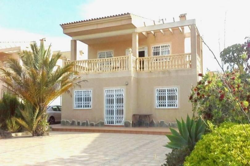 La Nucia,Alicante,España,4 Bedrooms Bedrooms,3 BathroomsBathrooms,Casas,16147