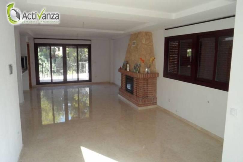 La Nucia,Alicante,España,3 Bedrooms Bedrooms,3 BathroomsBathrooms,Casas,16174