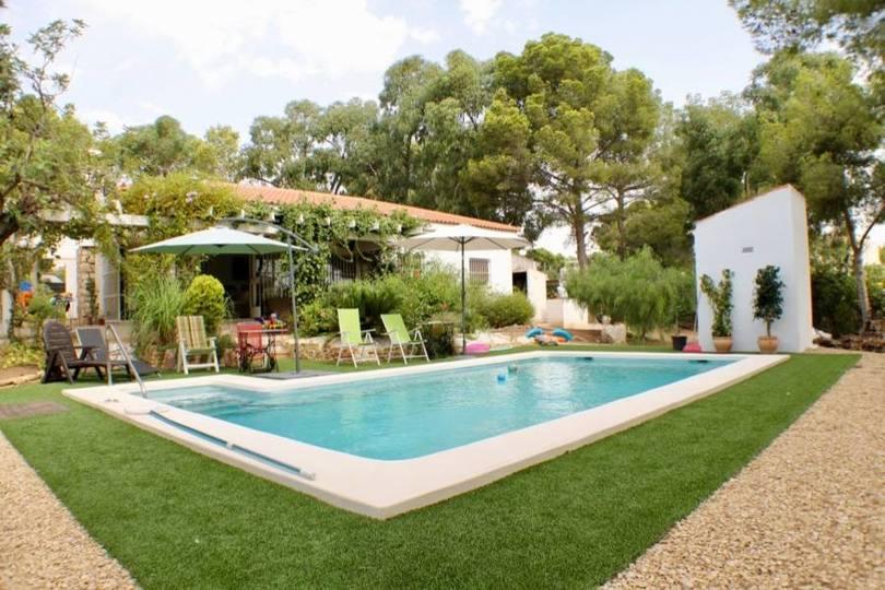 La Nucia,Alicante,España,4 Bedrooms Bedrooms,2 BathroomsBathrooms,Casas,16175